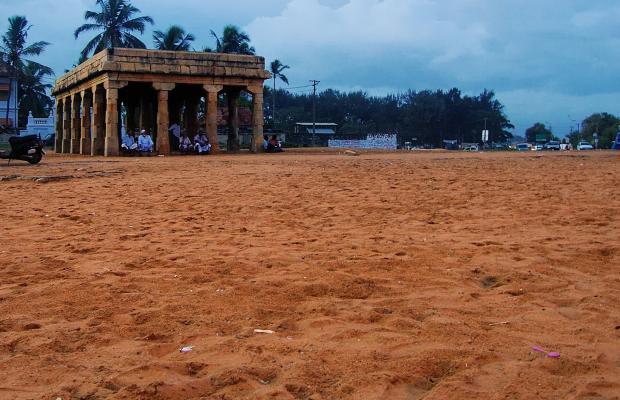 фото The Capital (ех. Hotel Geeth International) изображение №10