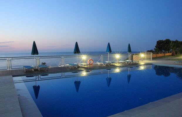 фотографии отеля Renieris Hotel изображение №7