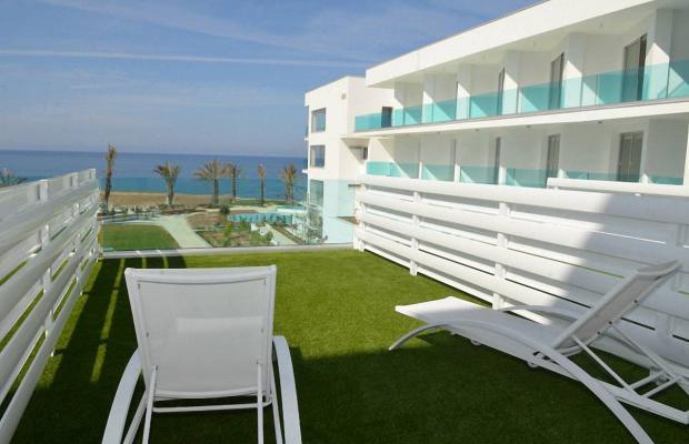 фото отеля King Evelthon Beach Hotel & Resort изображение №113