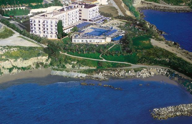 фото отеля Queens Bay Hotel изображение №1