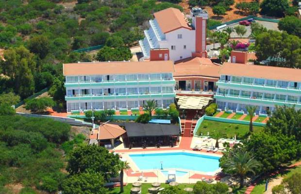 фото отеля Adelais Bay изображение №25