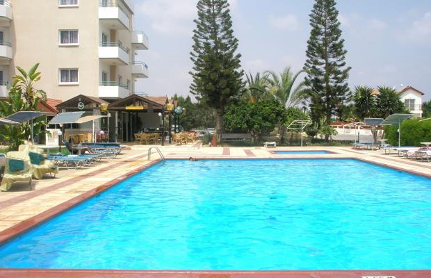 фотографии отеля DebbieXenia Hotel Apartments изображение №3