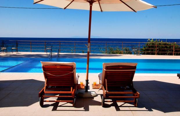 фото отеля Niki Beach изображение №1