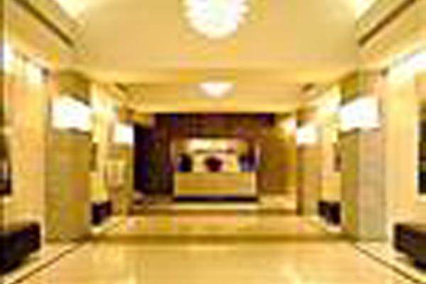 фотографии отеля Churchill Residence Suites изображение №7
