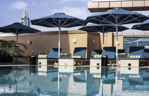 фото отеля Pullman Dubai Jumeirah Lakes Towers Hotel and Residence изображение №1