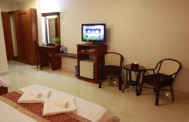 фото отеля White Beach Hotel изображение №17