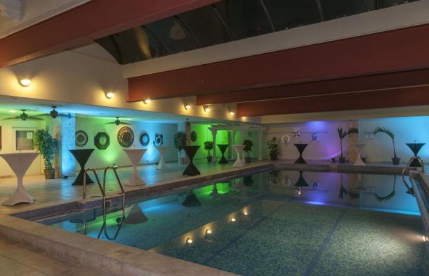 фотографии отеля Aurola Holiday Inn изображение №7