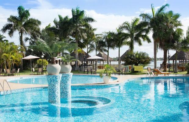 фото отеля DoubleTree by Hilton Dar es Salaam Oysterbay изображение №1