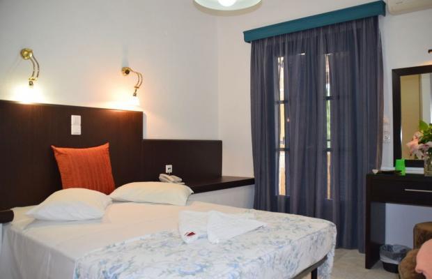 фото Karavostasi Beach Hotel изображение №18