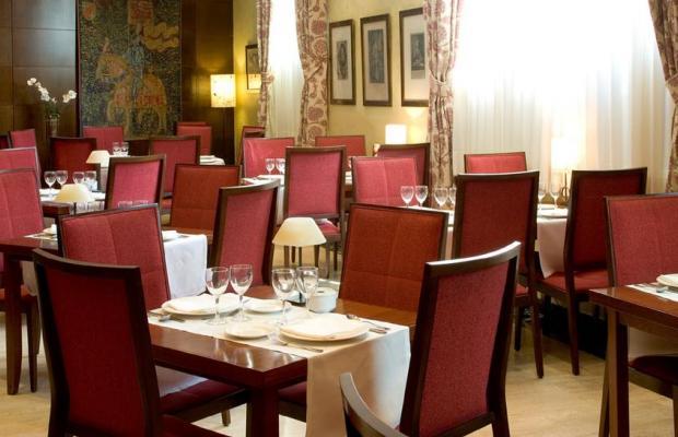 фото отеля NH Palacio Castellanos изображение №25