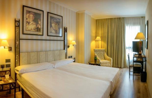 фотографии отеля Husa Gran Via изображение №31
