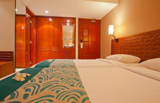 фото White Rose Kuta Resort, Villas & Spa изображение №18