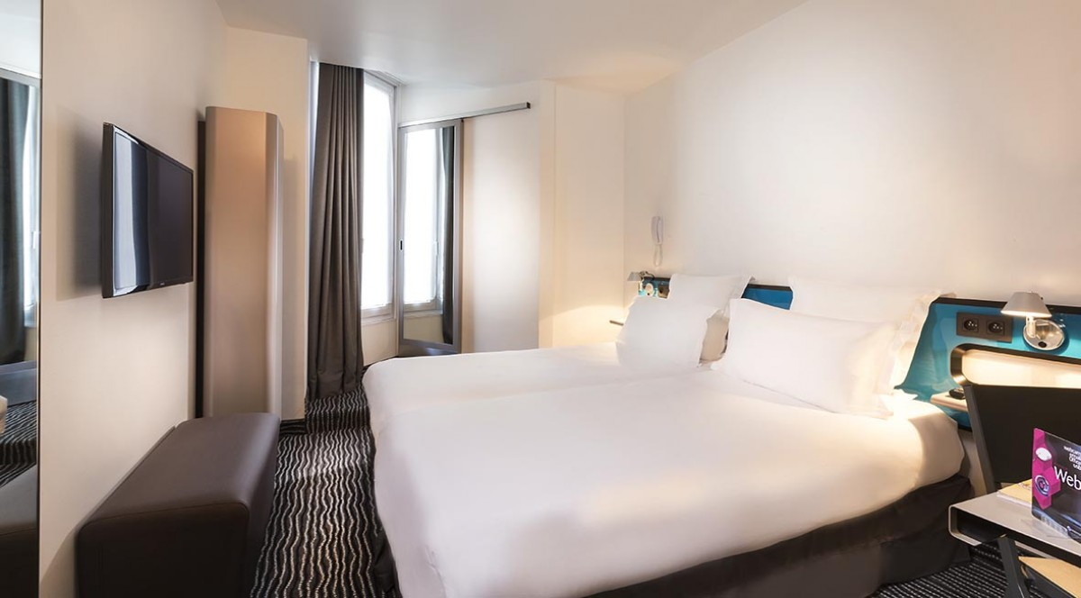 hotel-libertel-canal-st-martin-with-vibrator