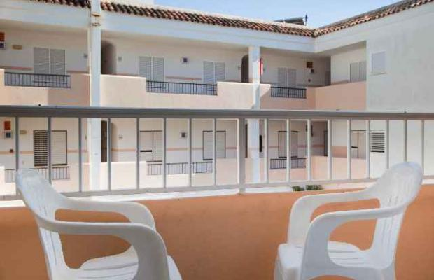 фотографии Tropicana Ibiza Coast Suites (ex. Playa Grande Atzaro; Atzaro Apartments) изображение №20