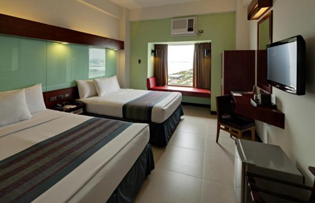фото Microtel by Wyndham Mall of Asia (ex. Microtel Mall Of Asia Manila) изображение №42