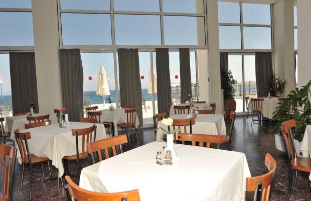 фотографии отеля Attica Beach изображение №3