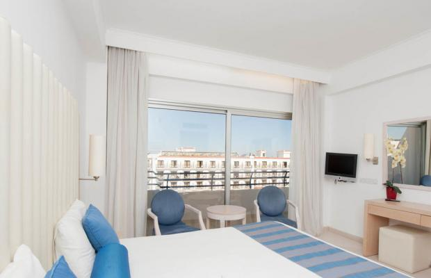 фотографии Tsokkos Hotels & Resorts Vrissiana Beach Hotel изображение №36