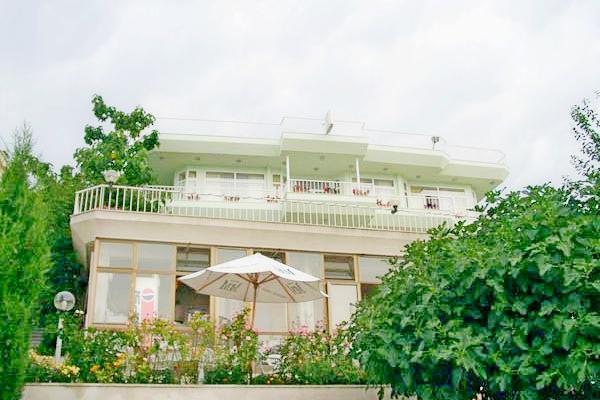 фото отеля Вилла Виктория изображение №1