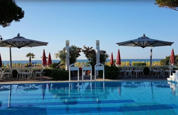 фото Ruhl Beach Hotel & Suites изображение №2