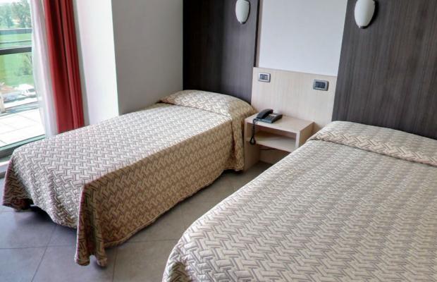 фото Hotel Lux Modena изображение №6