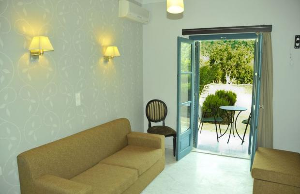 фото отеля Karavostasi Beach Hotel изображение №17