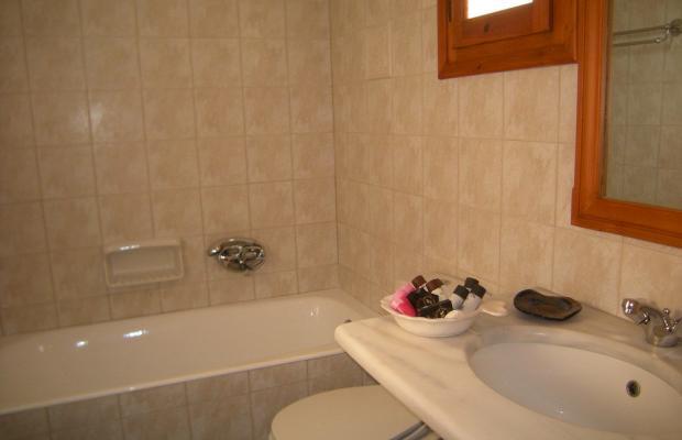 фото отеля Roussos Beach Hotel изображение №17