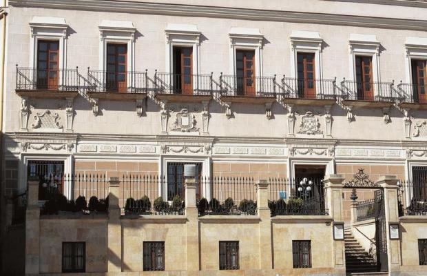 фото отеля NH Palacio Castellanos изображение №1