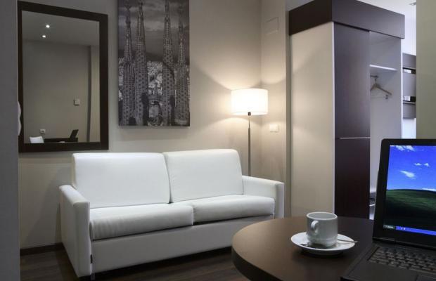 фото отеля Villa Olimpic@ Suites изображение №45
