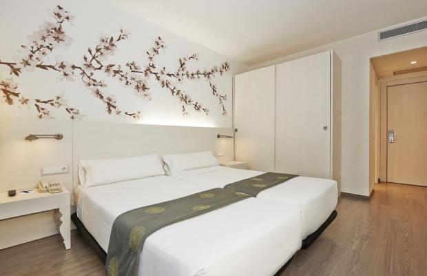 фотографии отеля Hesperia Ramblas изображение №3