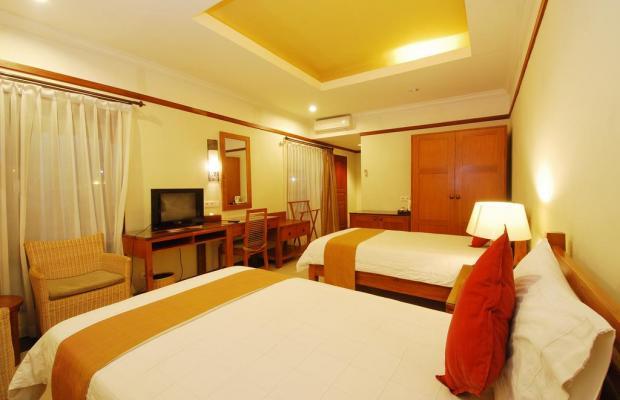 фотографии отеля Yulia Beach Inn Kuta изображение №15