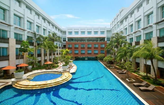 фото отеля Novotel Jakarta Mangga Dua Square изображение №1