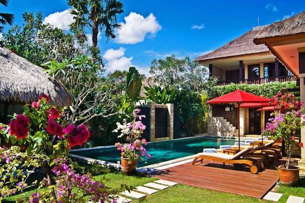 фото отеля Nirwana Residence изображение №1