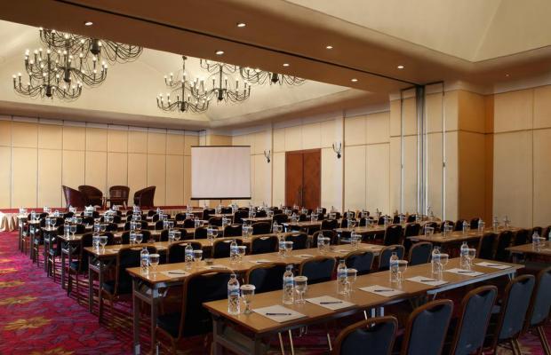 фотографии отеля Novotel Surabaya Hotel & Suites изображение №3