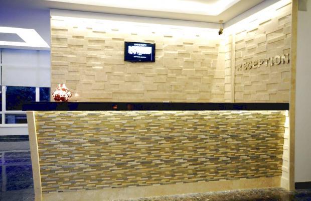 фотографии отеля Blue Palace Hotel & Family Rooms  изображение №11