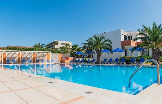 фото отеля Adele Beach изображение №1