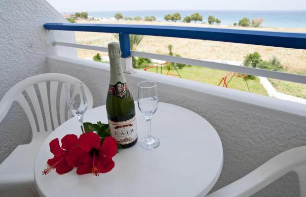 фотографии отеля Nirvana Beach Hotel изображение №19
