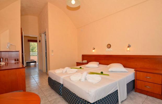 фото отеля Sousouras Beach изображение №17