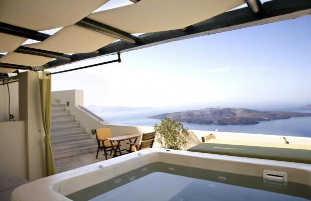 фото отеля Adamis Majesty Suites изображение №5