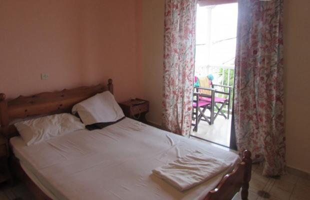 фото отеля Evi Ariti Apartments изображение №5