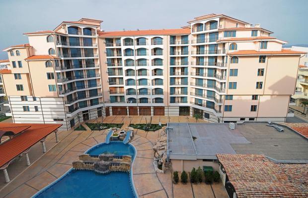 фото отеля Комплекс Каролина (Karolina Apartment Complex) изображение №1
