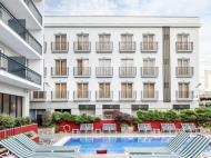 Aqua Hotel Bertran Park, 4*