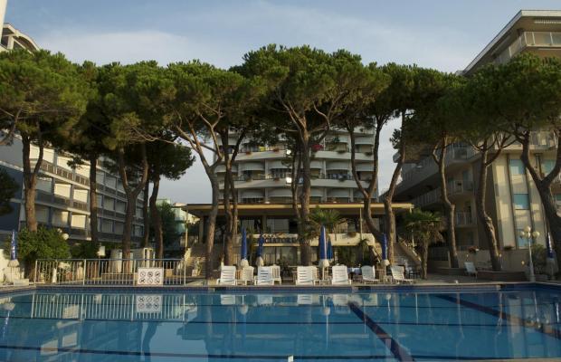 фото отеля Ambasciatori Palace изображение №1