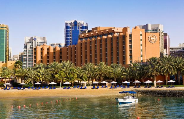 фото отеля Sheraton Abu Dhabi Hotel & Resort изображение №1