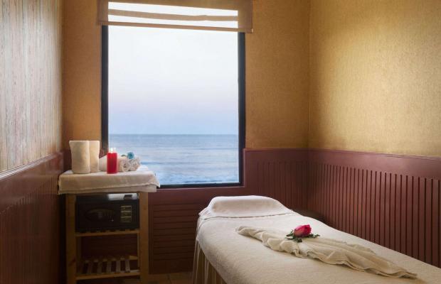 фото отеля Ramada Beach Hotel (ex. Landmark Suites Ajman; Coral Suites) изображение №5