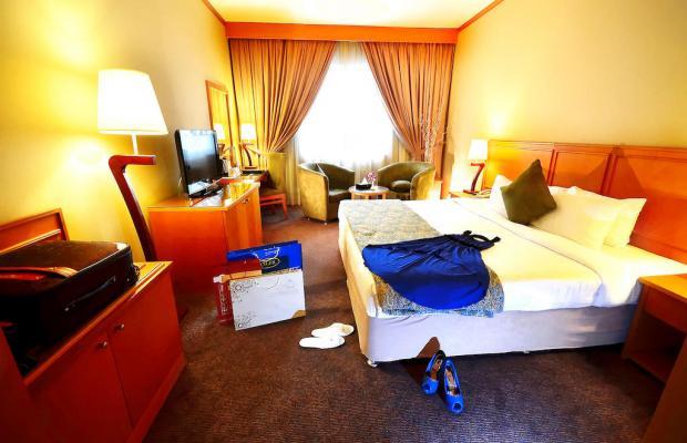 фотографии Summit Hotel (ex. Hallmark Hotel; Commodore; Le Baron) изображение №20