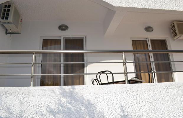 фотографии отеля Karavos Apartments изображение №39