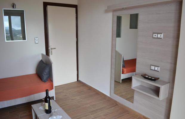 фотографии Karavos Apartments изображение №20