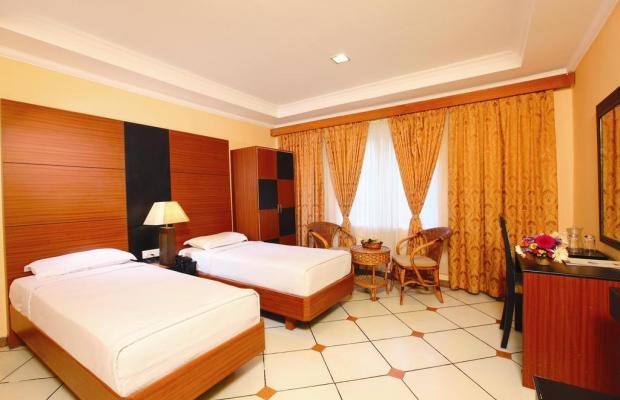 фото отеля Emarald Hotel Cochin (ex. Pride Biznotel Emarald) изображение №21