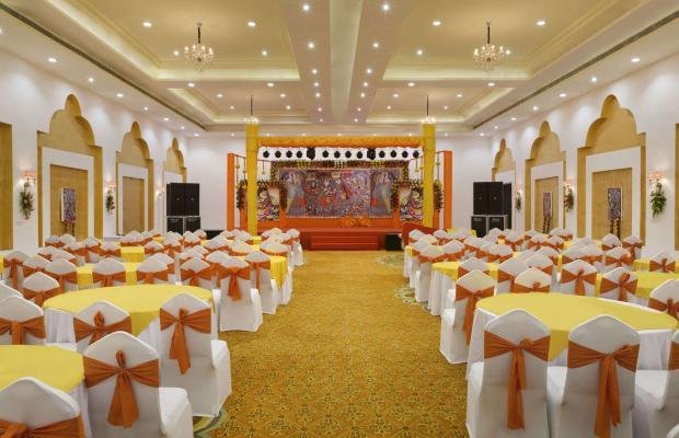 фотографии отеля Ramada Khajuraho (ех. Holiday Inn Khajuraho) изображение №11