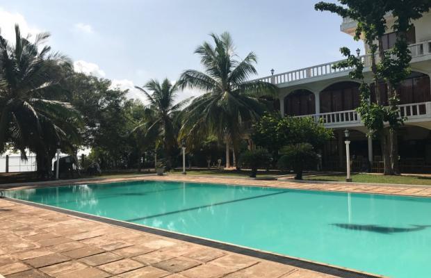 фото отеля Hotel Lagoon Paradise Negombo изображение №1